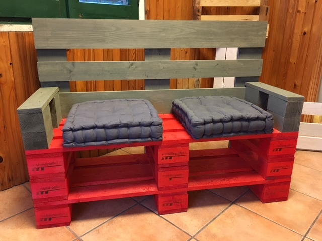 Sedie mobili in pallet - Mobili con pallet ...