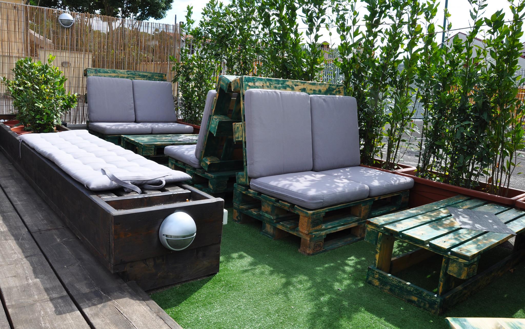 Arredo pallet archivi mobili in pallet for Pallet arredo giardino