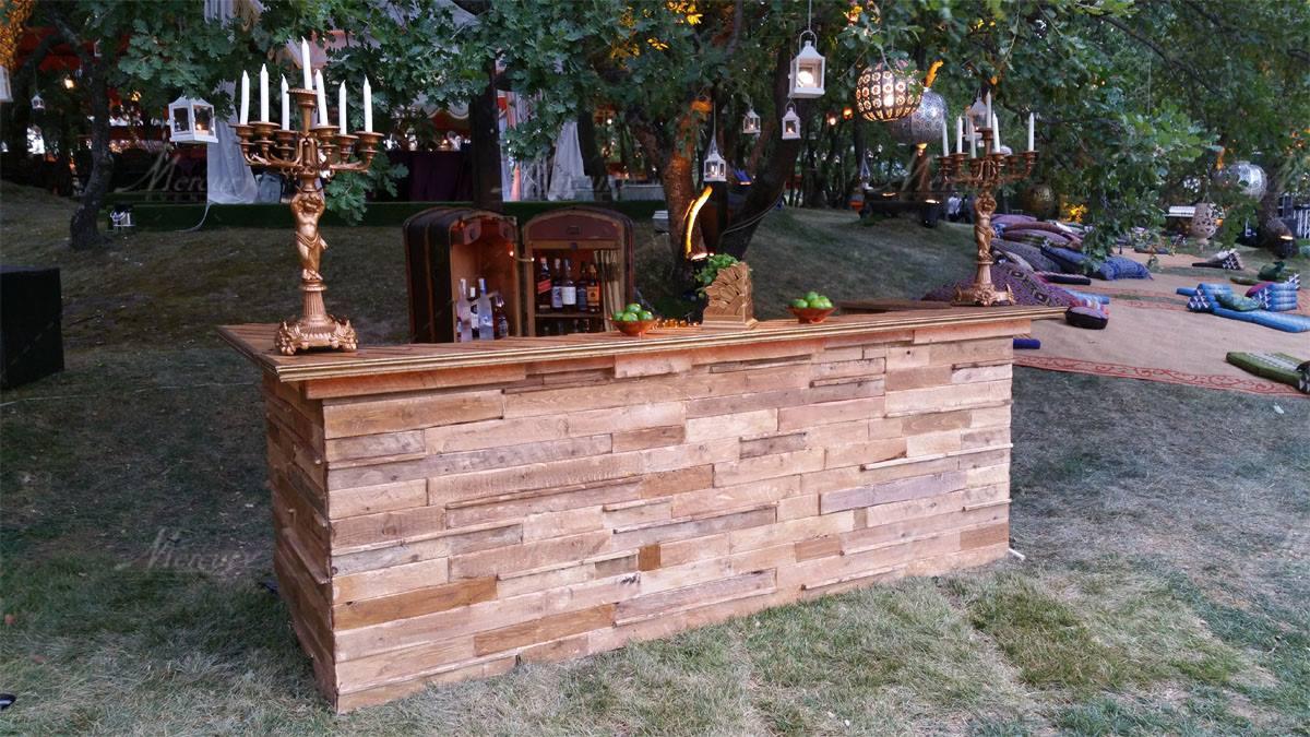 Tavoli mobili in pallet - Mobili con bancali di legno ...