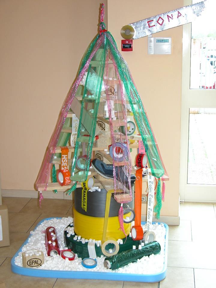 Albero di Natale con pallet Cona srl