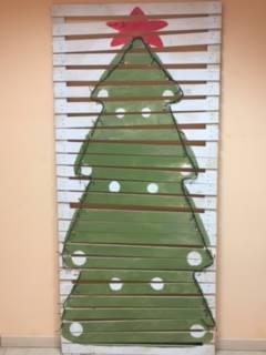 Albero di Natale in pallet di Mobiliinpallet.it